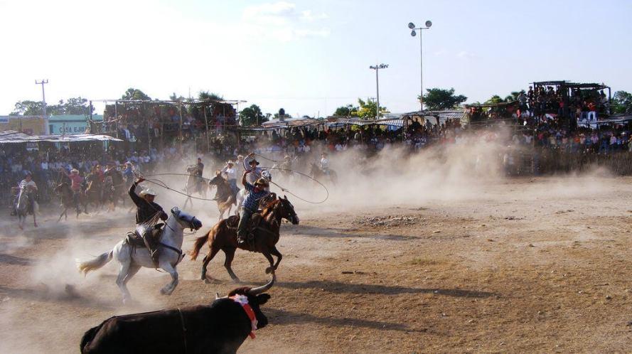 Torneo-de-Lazo-1024x574
