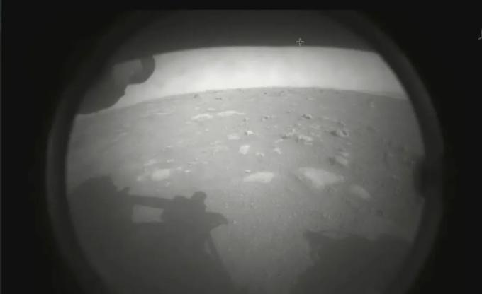 Screenshot_2021-02-18 Vehículo Perseverance de la NASA aterriza en la superficie de Marte