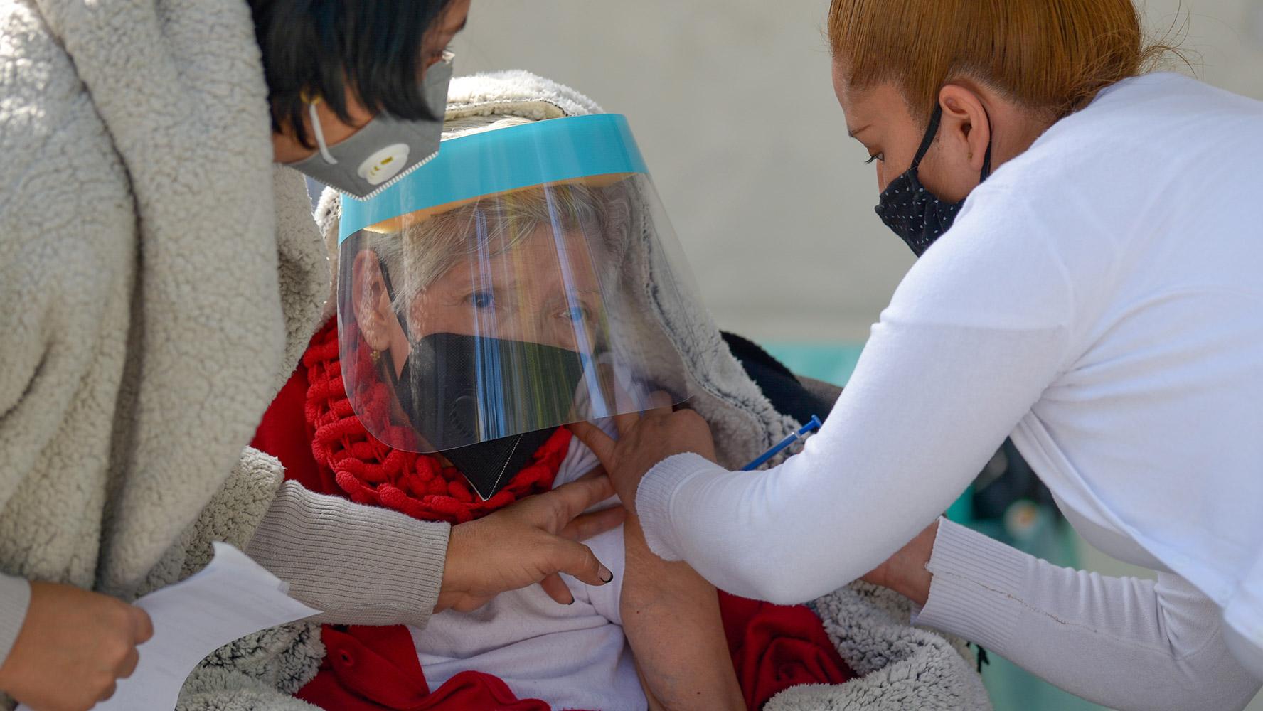 vacuna covid ancianos6