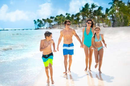 hyatt-ziva-cap-cana-beach-family-2-1