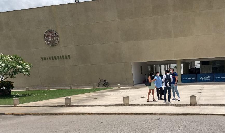 universidad modelo 2021WhatsApp Image 2021-05-19 at 2.39.57 PM